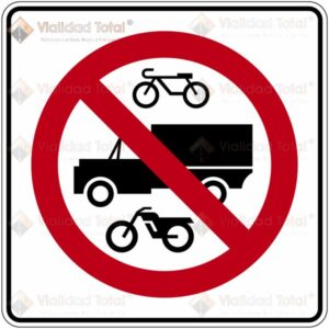 Señal Restrictiva SR-27 Prohibida la Circulación de Bicicletas, Vehículos de Carga y Motocicletas